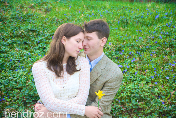 Engagement photographs of Allie Sperling and David Droz.  Pittsburgh, PA.  Photo by Ben Droz